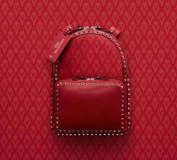 Valentino-Red-Viva-Valentino-Rockstud-Medium-Backpack-Bag (1)