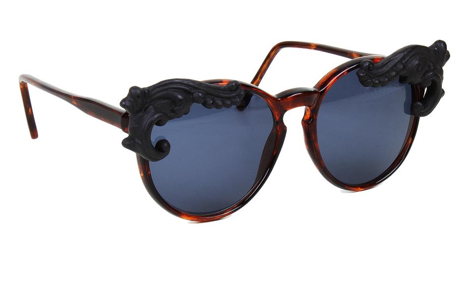 0320-moo-noir-desire2-tort-blue-gallery-2-1600x1000